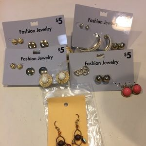 Jewelry - Lot of 13 Pairs of Earings